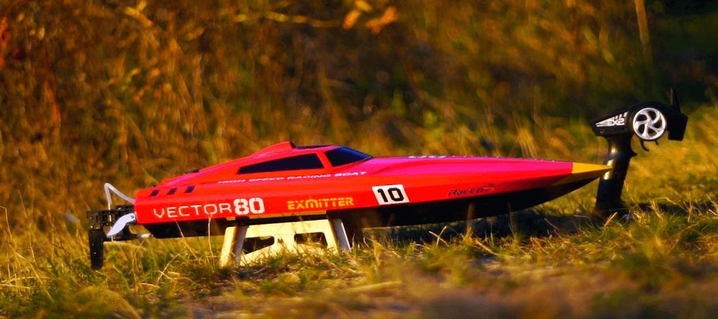 bateau télécommande